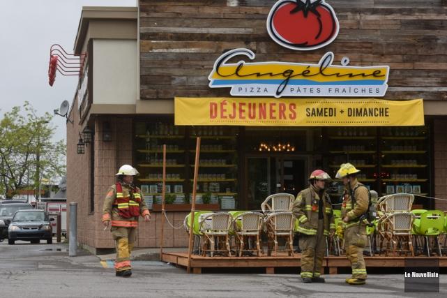 Des commerces, dont le restaurant L'Angéline, ont dû être évacués, mardi, vers... (Photo: François Gervais, Le Nouvelliste)