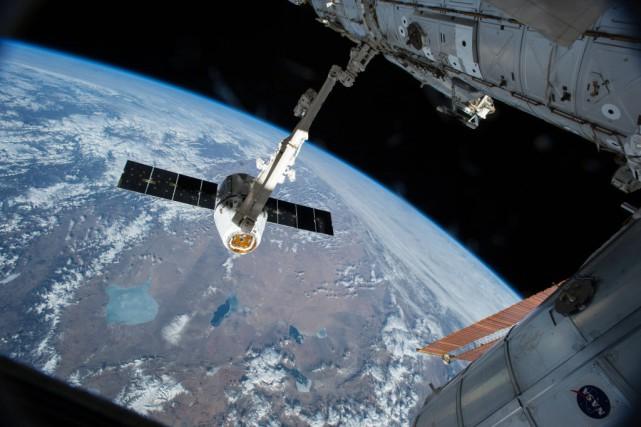 La dernière visite d'un astronaute canadien dans le... (PHOTO NASA, AFP)