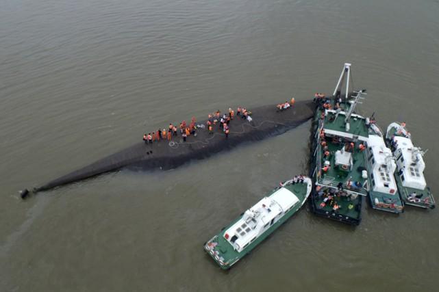 Le capitaine et le chef mécanicien ont déclaré... (Photo: Reuters)