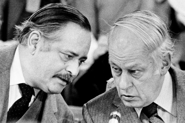 Jacques Parizeau se disait fier d'appartenir à une... (Photo La Presse Canadienne, Ron Poling)