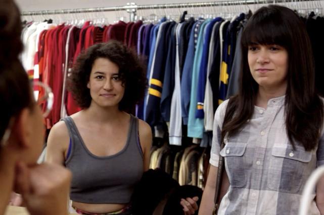 Ilana Glazer et Abbi Jacobson sont les vedettes... (PHOTO FOURNIE PAR COMEDY CENTRAL)