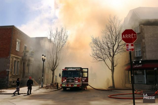 Le SPQ-FTQ représente près de 4000 pompiers municipaux... (Photo Martin Chamberland, archives La Presse)