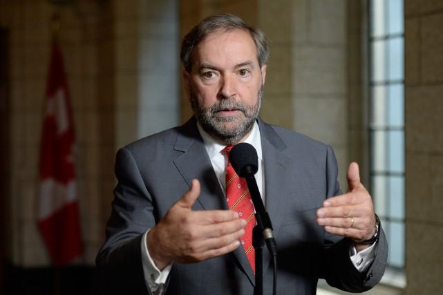 Devant les maires qui seront réunis en congrès... (La Presse Canadienne, Adrian Wyld)