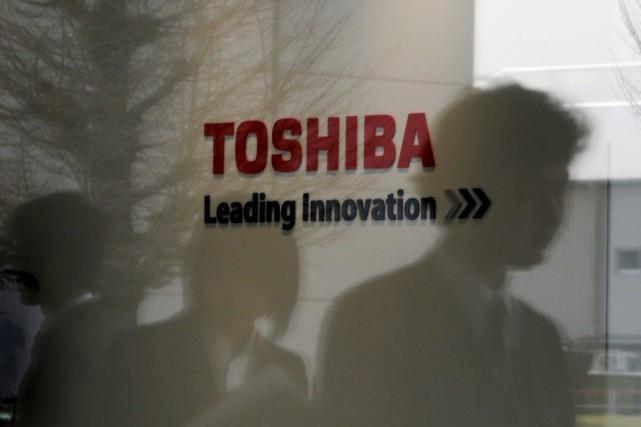Le conglomérat industriel japonais Toshiba a indiqué en fin de semaine avoir... (Photo Toru Hanai, Archives REUTERS)