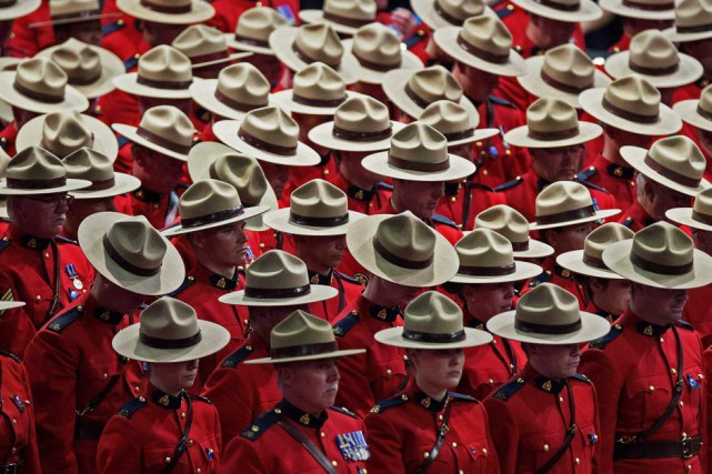 Un moment de silence a été observé à... (PHOTO ANDREW VAUGHAN, LA PRESSE CANADIENNE)