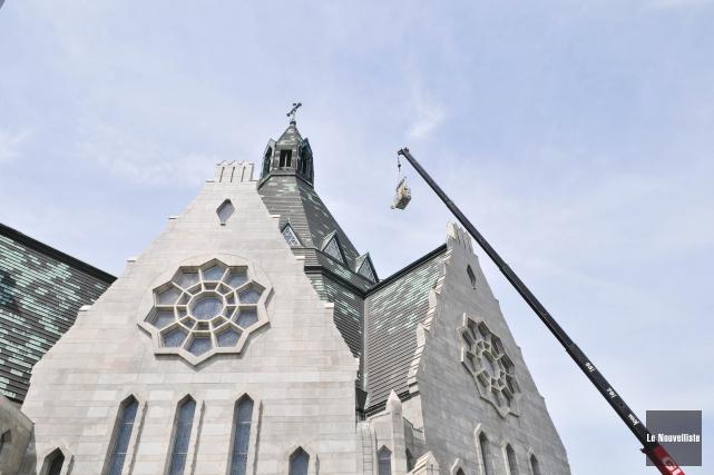 Le revêtement de pierres et la toiture de... (Photo: Émilie O'Connor Le Nouvelliste)
