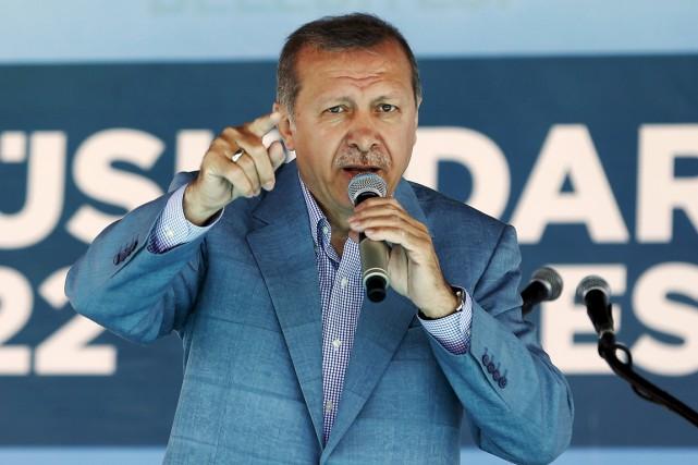 Le président Erdogan espère une large victoire de... (PHOTO MURAD SEZER, ARCHIVES REUTERS)