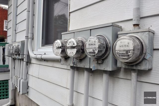 Découragée par la hausse constante des tarifs d'électricité, ainsi que par les... (Archives La Tribune)