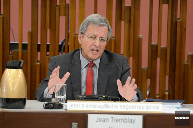 Le maire de Saguenay Jean Tremblay... (ARCHIVES LE QUOTIDIEN, JEANNOT LÉVESQUE)