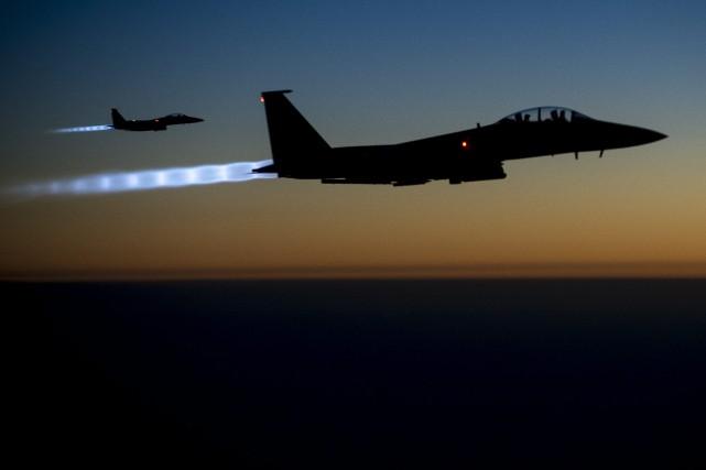 Les raids aériens «ont un effet profond sur... (PHOTO ARCHIVES AP)