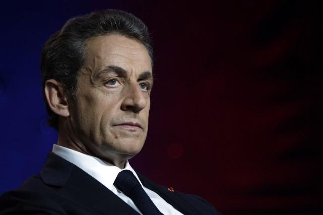 Nicolas Sarkozy, qui espère reconquérir la présidence française... (AFP, LIONEL BONAVENTURE)