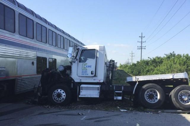 Aucun des 203 passagers n'a été blessé, selon... (Photo Sam Herwitz, AP)