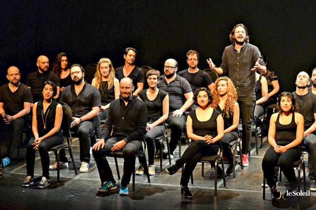 Trois estjouée par 43 acteurs.... (Le Soleil, Patrice Laroche)