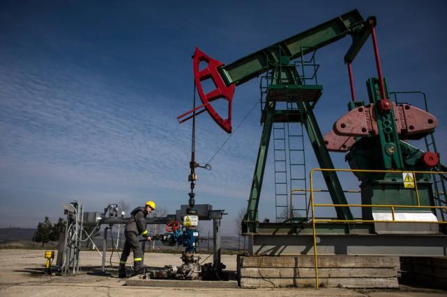L'Organisation des pays exportateurs de pétrole a excédé en juillet sa propre... (PHOTO MARTIN DIVISEK, ARCHIVES BLOOMBERG)