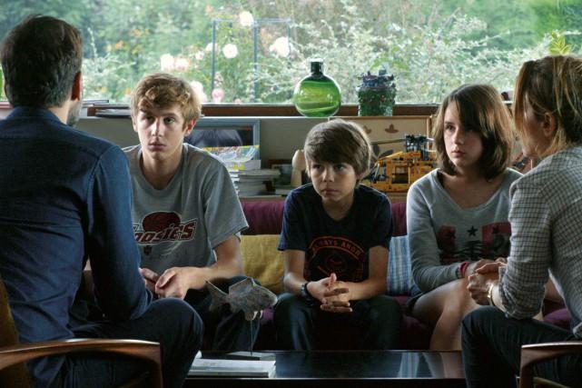 Alexandre Desrousseaux, Achille Potier et Anna Lemarchand jouent... (PHOTO FOURNIE PAR AZ FILMS)