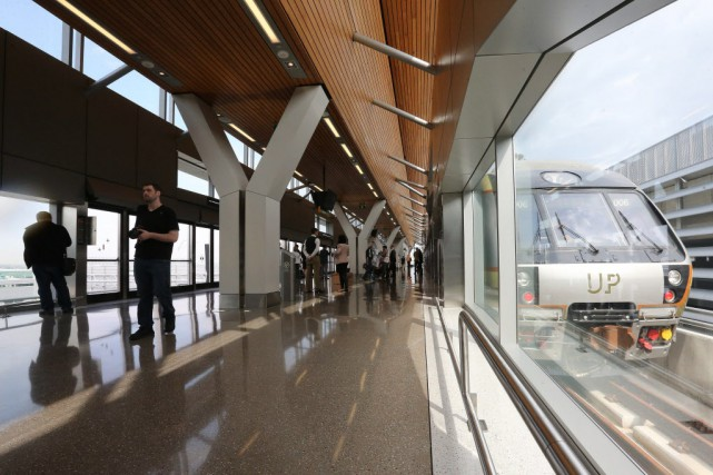 L'UP Express, c'est la Cadillac des trains aéroportuaires.... (Photo Steve Russell, Toronto Star)