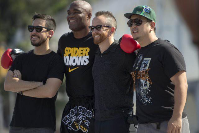 Le populaire groupe américain Linkin Park sera de... (Agence France-Presse)