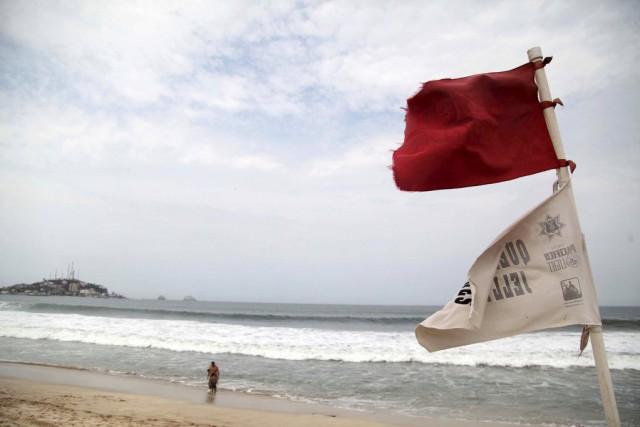 Les autorités craignent que l'ouragan puisse toucher les... (Photo Reuters)