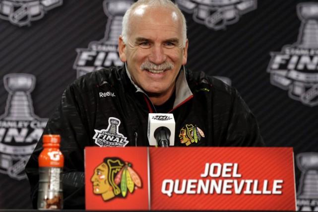 L'entraîneur des Blackhawks de Chicago, Joel Quenneville.... (Photo Nam Y. Huh, AP)
