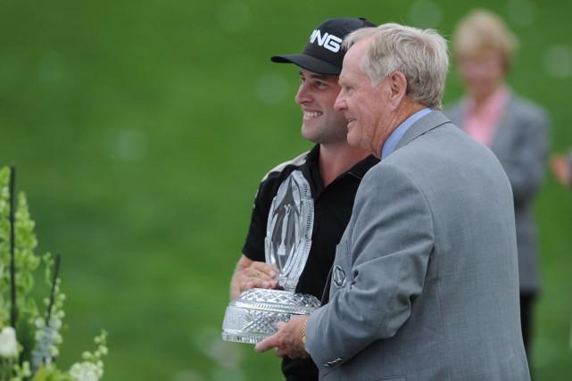 David Lingmerth en compagniede l'hôte du tournoi, Jack... (Photo Thomas J. Russo, USA TODAY Sports)