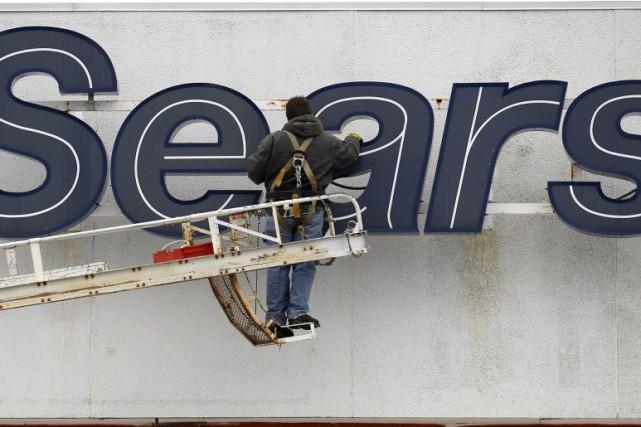 Le géant américain de la vente au détail Sears a réduit sa perte à 303 millions... (PHOTO AMY SANCETTA, ARCHIVES ASSOCIATED PRESS)