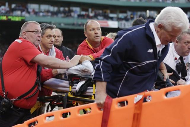 TonyaCarpenter saignait de la tête lorsqu'elle a été... (PHOTO CHARLES KRUPA, AP)
