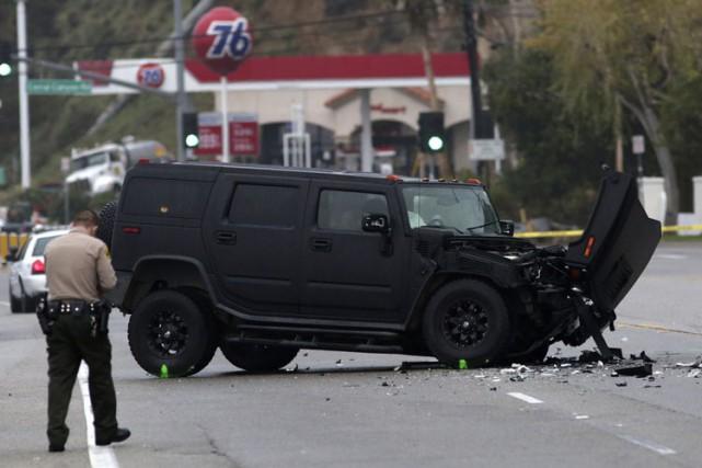 La Lexus de Caitlyn Jennerest entrée dans un... (Photo: Reuters)