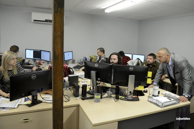 Les 15 employés de Perséides technologie ont été... ((Photo Le Quotidien, Jeannot Lévesque))