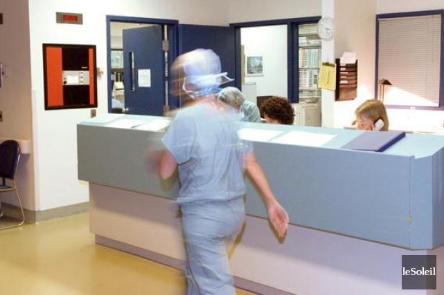 En plus des compressions importantes, le personnel infirmier... (Photothèque Le Soleil)