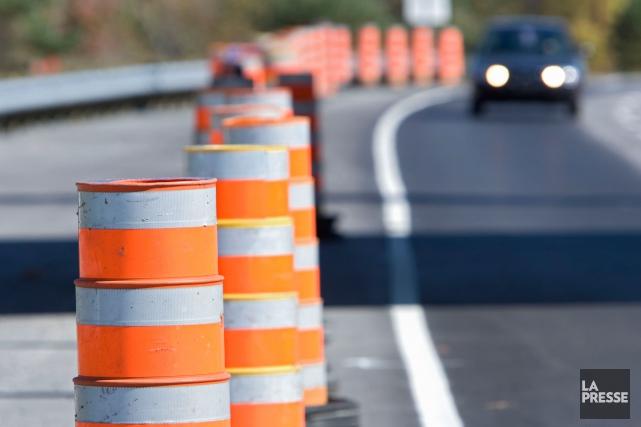 Les travaux de réfection des structures routières de l'autoroute 640 qui... (PHOTO IVANOH DEMERS, ARCHIVES LA PRESSE)