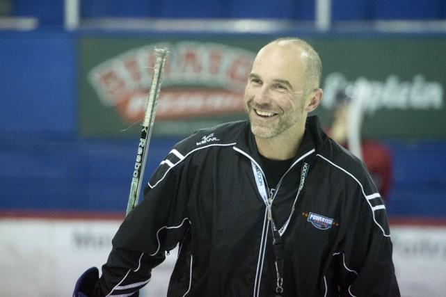 Alain Côté dirige le Blizzard depuis le mois... (Photo: Archives)