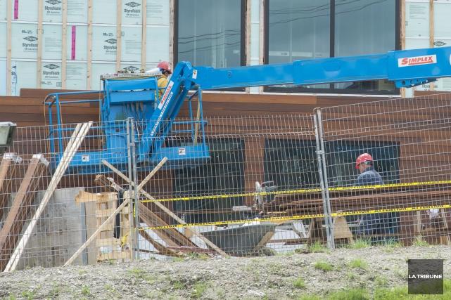 La Ville de Sherbrooke accorde une nouvelle forme de permis à l'Hôtel... (Imacom, Frédéric Côté)