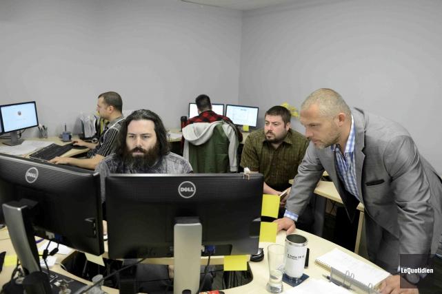 Les 15 employés de Perséides technologie ont été... (Photo Le Quotidien, Jeannot Lévesque)