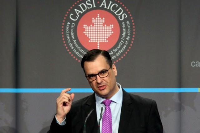 Le ministre fédéral de l'Industrie, James Moore.... (Photo Fred Chartrand, archives La Presse canadienne)