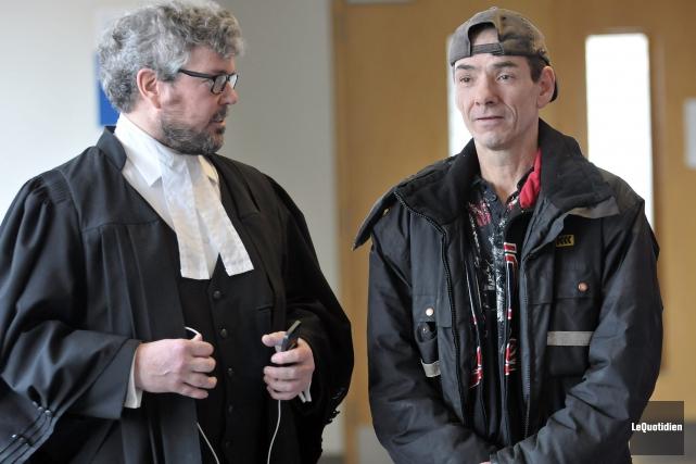 Me Charles Cantin a tenté de convaincre le... ((Photo Le Quotidien, Jeannot Lévesque))