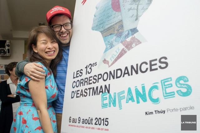 Les écrivains Kim Thúy et Simon Boulerice ont... (photo la tribune)