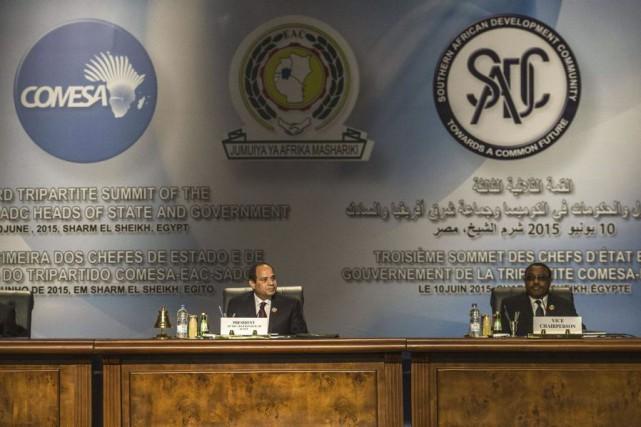 Le traité a été signé lors d'un sommet... (PHOTO KHALED DESOUKI, AFP)