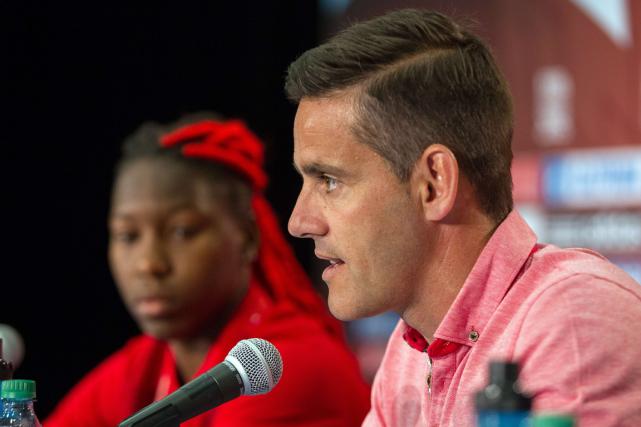 L'entraîneur del'équipe canadienne féminine de soccer, John Herdman.... (Photo Geoff Robins, AFP)