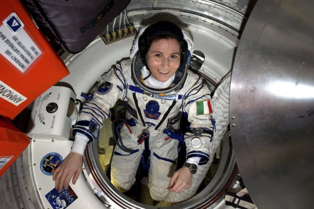 L'Italienne Samantha Cristoforetti a battu le record de... (PHOTO ARCHIVES AGENCE FRANCE-PRESSE)