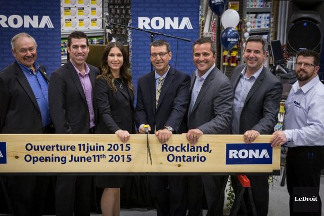 C'est aujourd'hui qu'ouvre le nouveau magasin Rona de Clarence-Rockland,... (Martin Brunette, LeDroit)