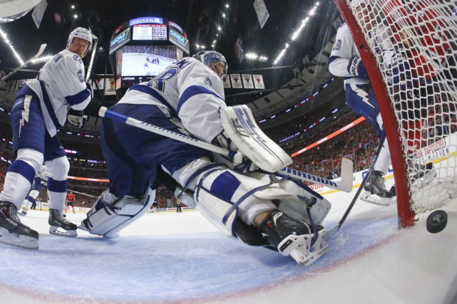 Andrei Vasilevskiy a repoussé 17 rondelles dans la... (Photo: Associated Press)