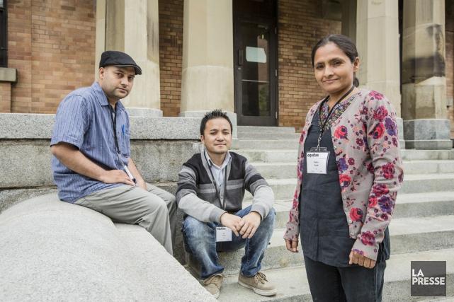 Nirmal Kumar, Nir Lamaet Rhada Paudel (de gauche... (PHOTO ÉDOUARD PLANTE-FRÉCHETTE, LA PRESSE)