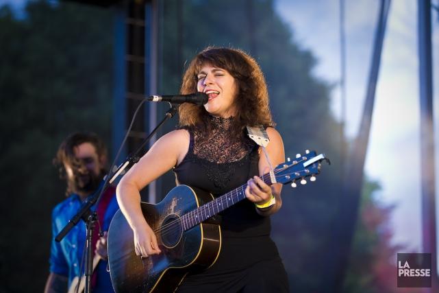 Lisa LeBlanc au parc du Pélican, l'été dernier.... (Photo André Pichette, Archives La Presse)