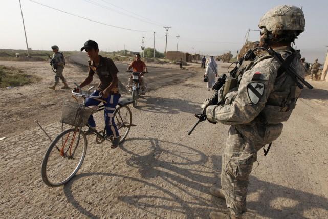 Les États-Unis vont envoyer 450 soldats supplémentaires (ils... (PHOTO ARCHIVES REUTERS)