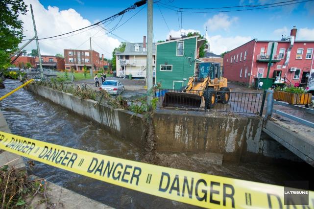 Lors des inondations au Saguenay en 1996, une grande question a été soulevée :... (Imacom, Jessica Garneau)