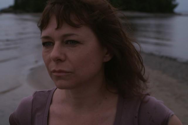 Marie (Martine Francke) vit un drame après avoir... (Photo fournie par Dpost et Alma Films)