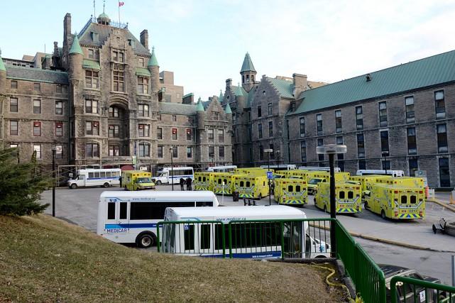 Entamé le 25 avril dernier à l'hôpital Royal... (Photo fournie par le CUSM)