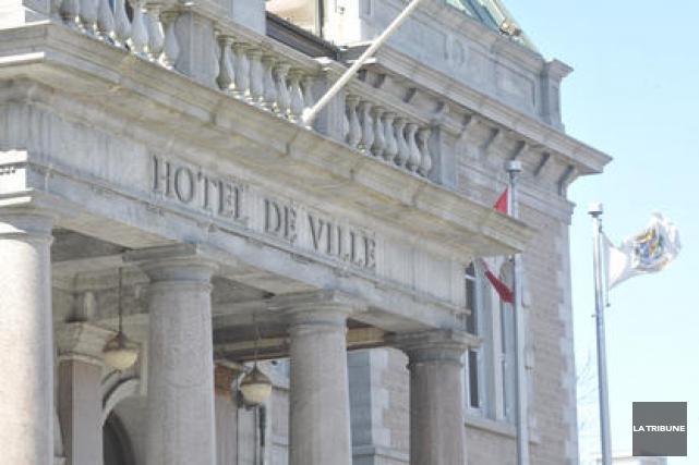 Les services de l'ombudsman de la ville de Sherbrooke sont de plus en plus... (Archives La Tribune)