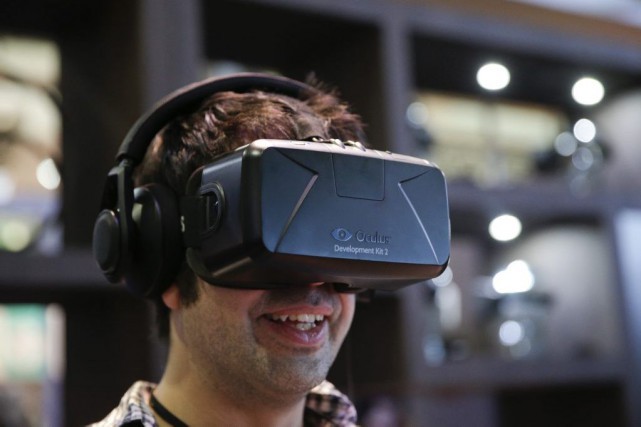 La société Oculus, qui fait partie de la... (PHOTO JAE C. HONG, ARCHIVES ASSOCIATED PRESS)