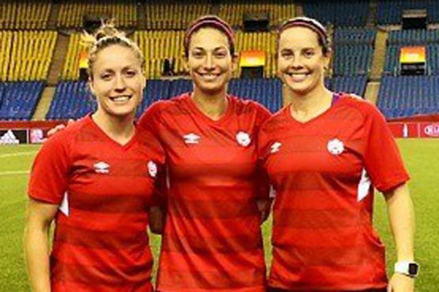 Les trois Québécoises de l'équipe canadienne vivront de... (Photo: Facebook)